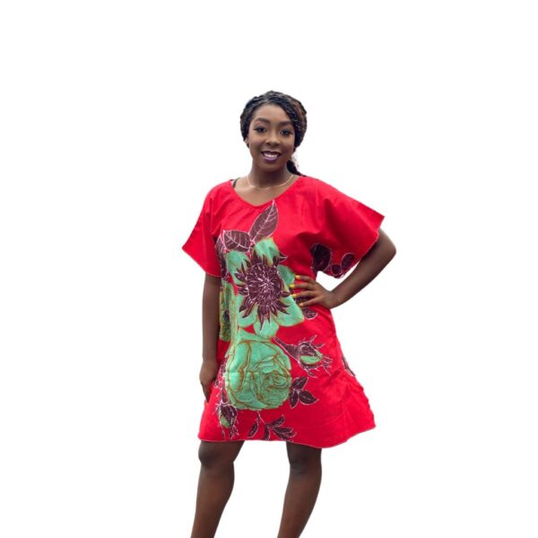 Red and green short kaftan